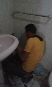 كشف تسربات الحمامات بجدة